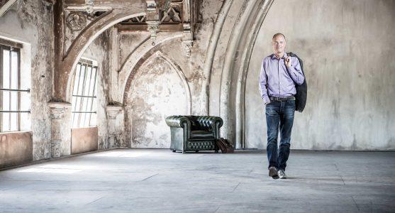 BelgerCoaching Robert lopend in Metaal Kathedraal